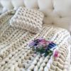 Подушка крупной вязки